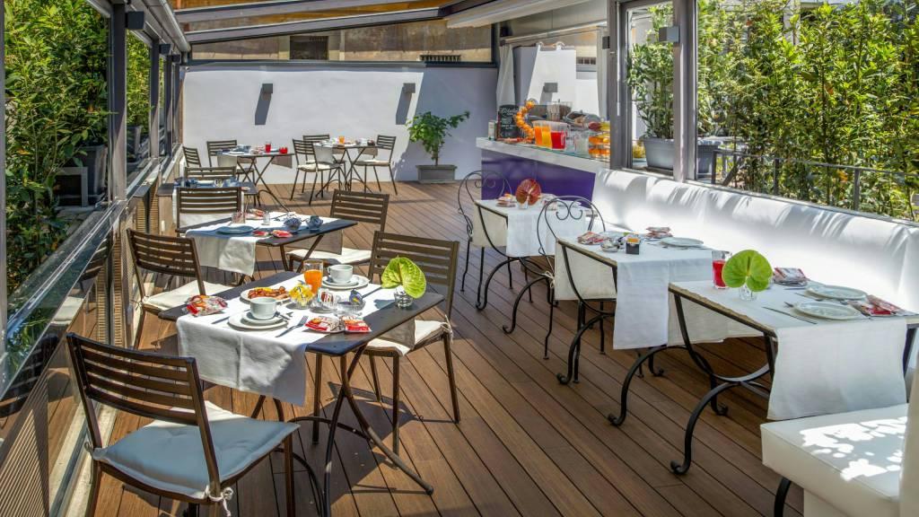 Hotel Del Corso Rome Location And Contacts