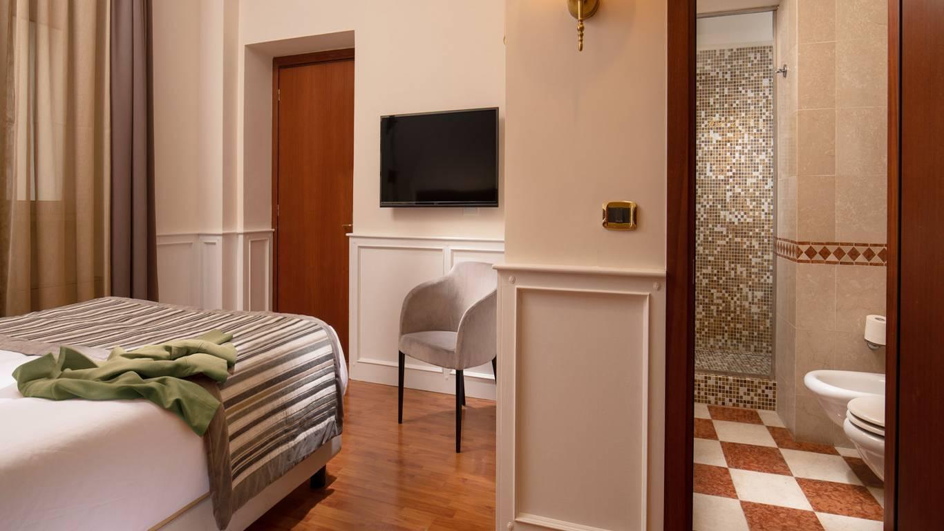 Hotel-del-Corso-Roma-Gallery-2021-camera-IMG-2309