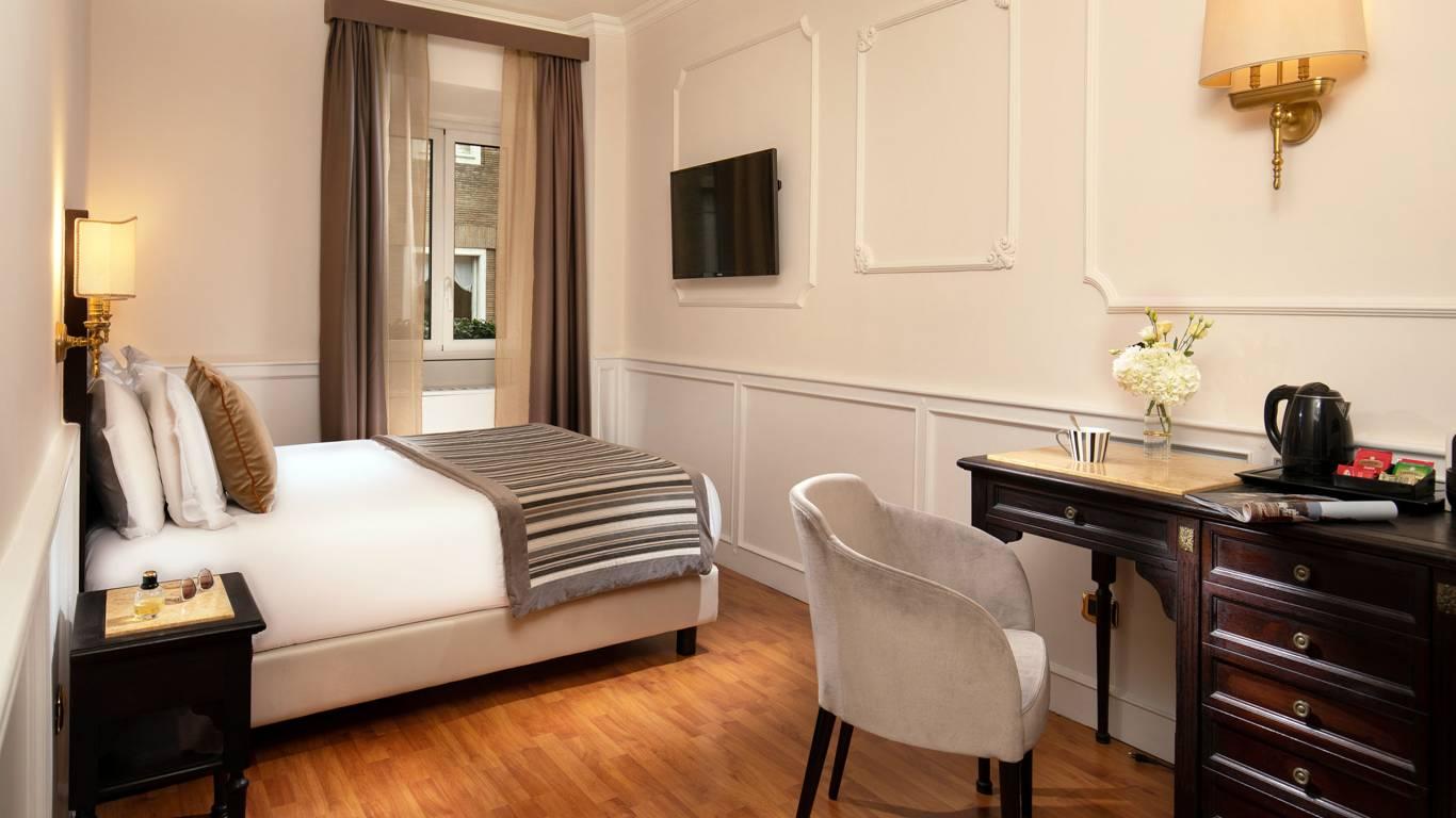 Hotel-del-Corso-Roma-Gallery-2021-camera-IMG-2573