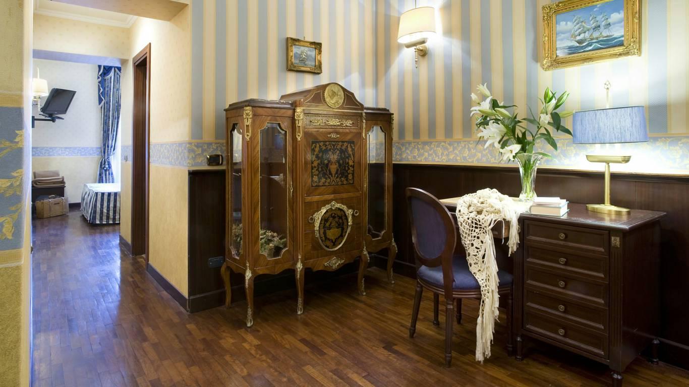hotel-del-corso-roma-camera-11
