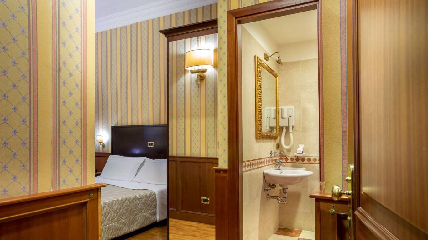 hotel-del-corso-roma-camera-20