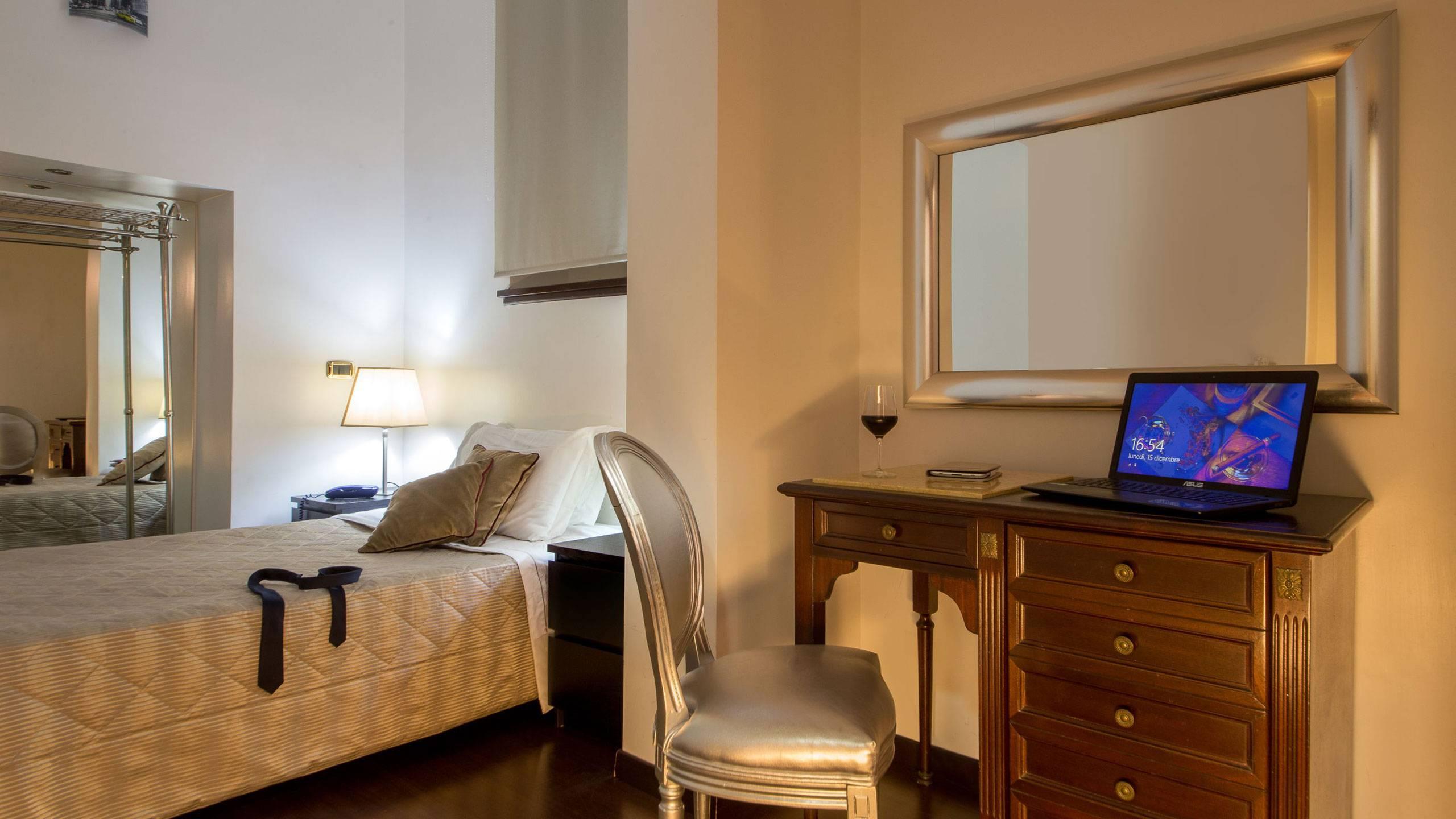 Hotel del corso roma home for Indirizzo camera dei deputati roma