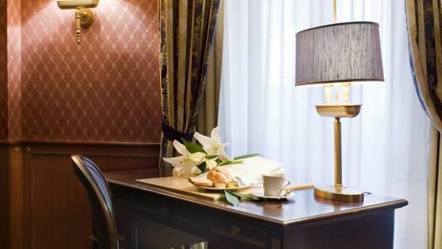 hotel-del-corso-roma-camera-18