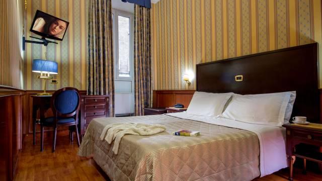 hotel-del-corso-roma-camera-19