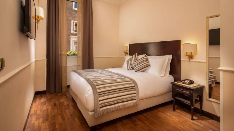Hotel-del-Corso-Roma-Gallery-2021-camera-IMG-2110