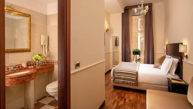 Hotel-del-Corso-Roma-Gallery-2021-camera-IMG-2197