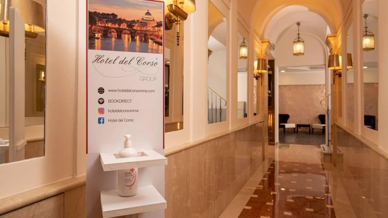 Hotel-del-Corso-Roma-Gallery-2021-reception-IMG-3429