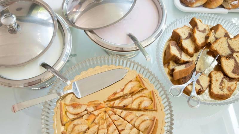 hotel-del-corso-rome-breakfast-03