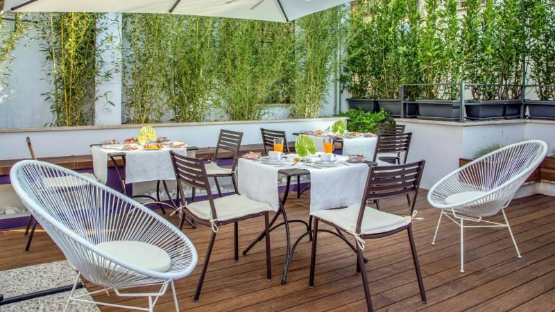 hotel-del-corso-rome-roof-garden-05